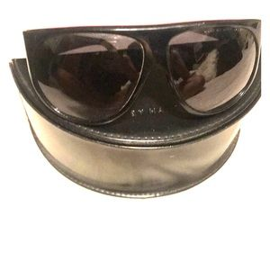 Black and Pink Marc Jacobs sunglasses
